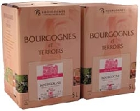 Frais de port compris dans le prix, Nous vous présentons ce Bourgogne Rosé 2 cubis de 5 litres, surprenant de part son bouquet fin et complexe de fruits de la passion et de fruits rouge. Sa bouche agr...